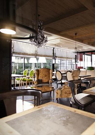 Веранда ресторана MAFIA г. Чернигов